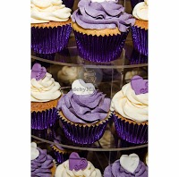 MadebyMackenzie   Cakes for All Occasions 1071598 Image 9