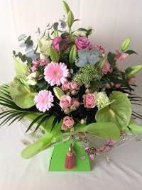 Walkers Farm Shop and Florist 1097767 Image 1