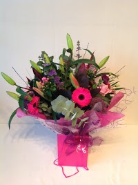 Walkers Farm Shop and Florist 1097767 Image 2