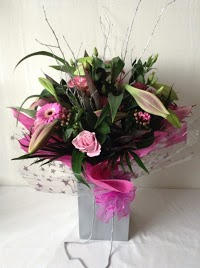 Walkers Farm Shop and Florist 1097767 Image 3
